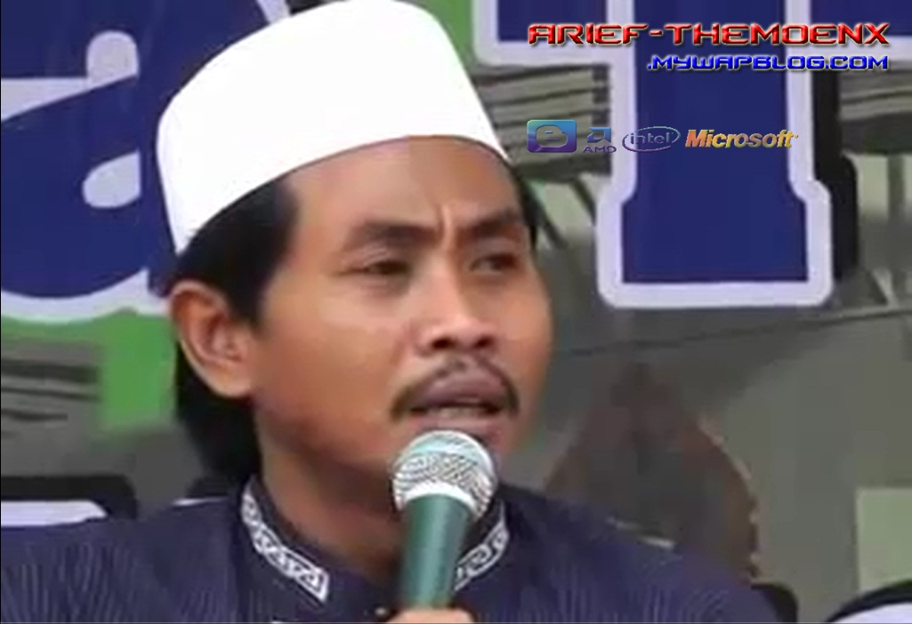 Download pengajian KH Anwar zahid @ngoro jombang.mp3 - 85,7 MB